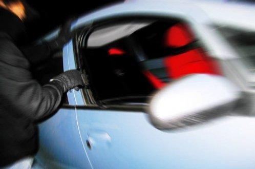 Vereador pombalense tem objetos furtados do interior de seu carro