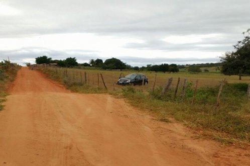 Criminosos capotam veículo em Ribeira do Pombal, após assalto em Cícero Dantas-BA